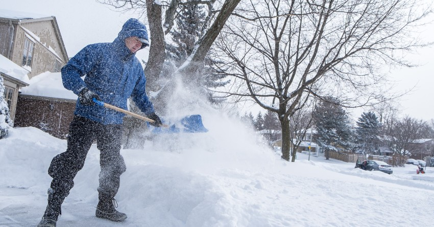 snow shovelling tips barrie orillia
